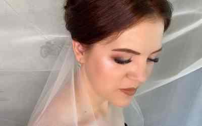 Визажист-стилист(макияж,прически) оказываем услуги